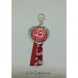 """Porte-clés """"Love"""" rouge"""